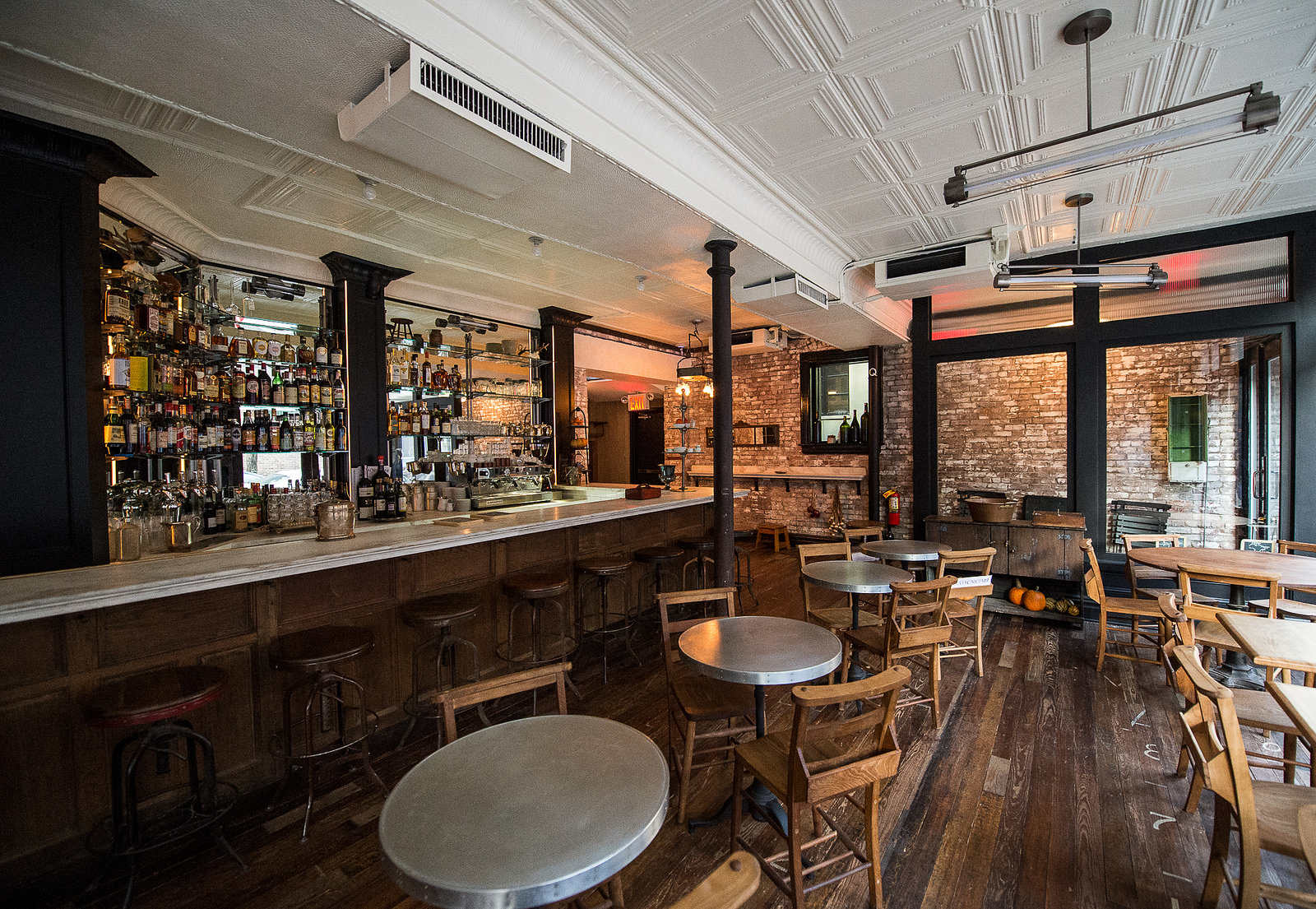 A French Bar Meets An Italian Country Home At Jody