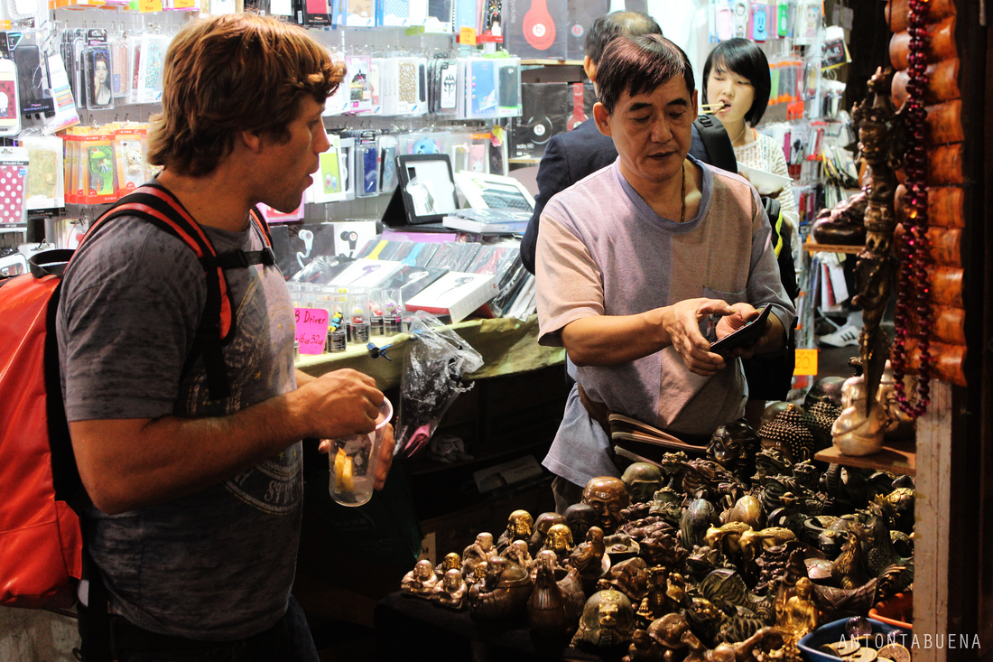 Urijah Faber takes on Hong Kong's tourist spots - MMA Fighting