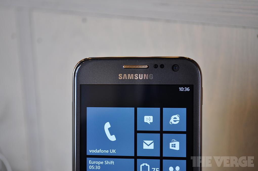 Samsung Ativ S photos