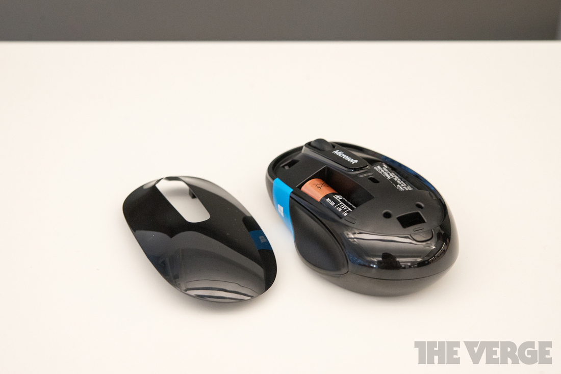 Microsoft Puts A Windows 8 Key On Its Latest Mice Hopes To Improve Sculpt Comfort Mouse 1 Of 10 With The