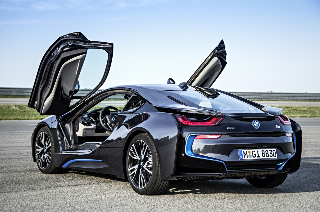 Bmw Unveils The Production I8 A Hybrid Supercar To Challenge
