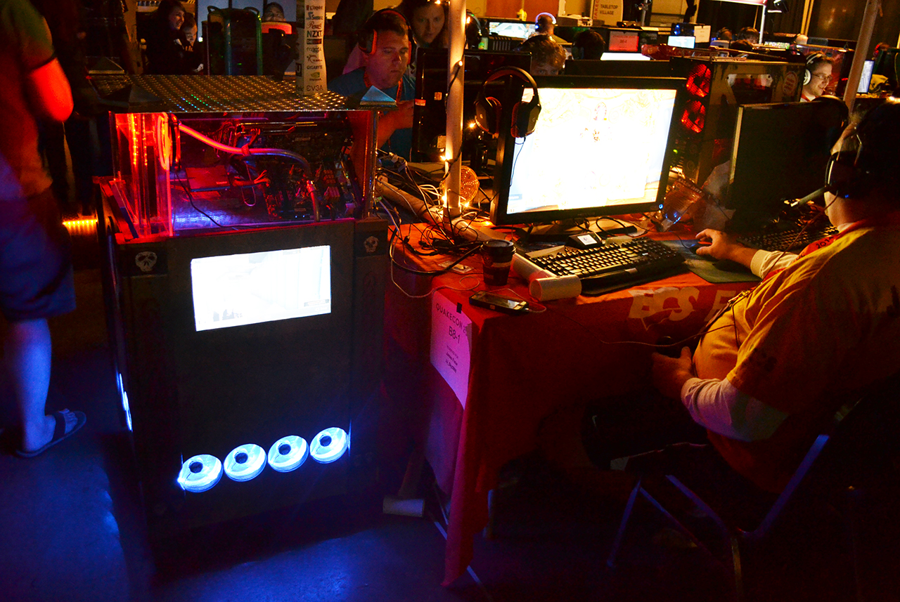 From Tanks To Fish Tanks The Pc Mods Of Quakecon 2014