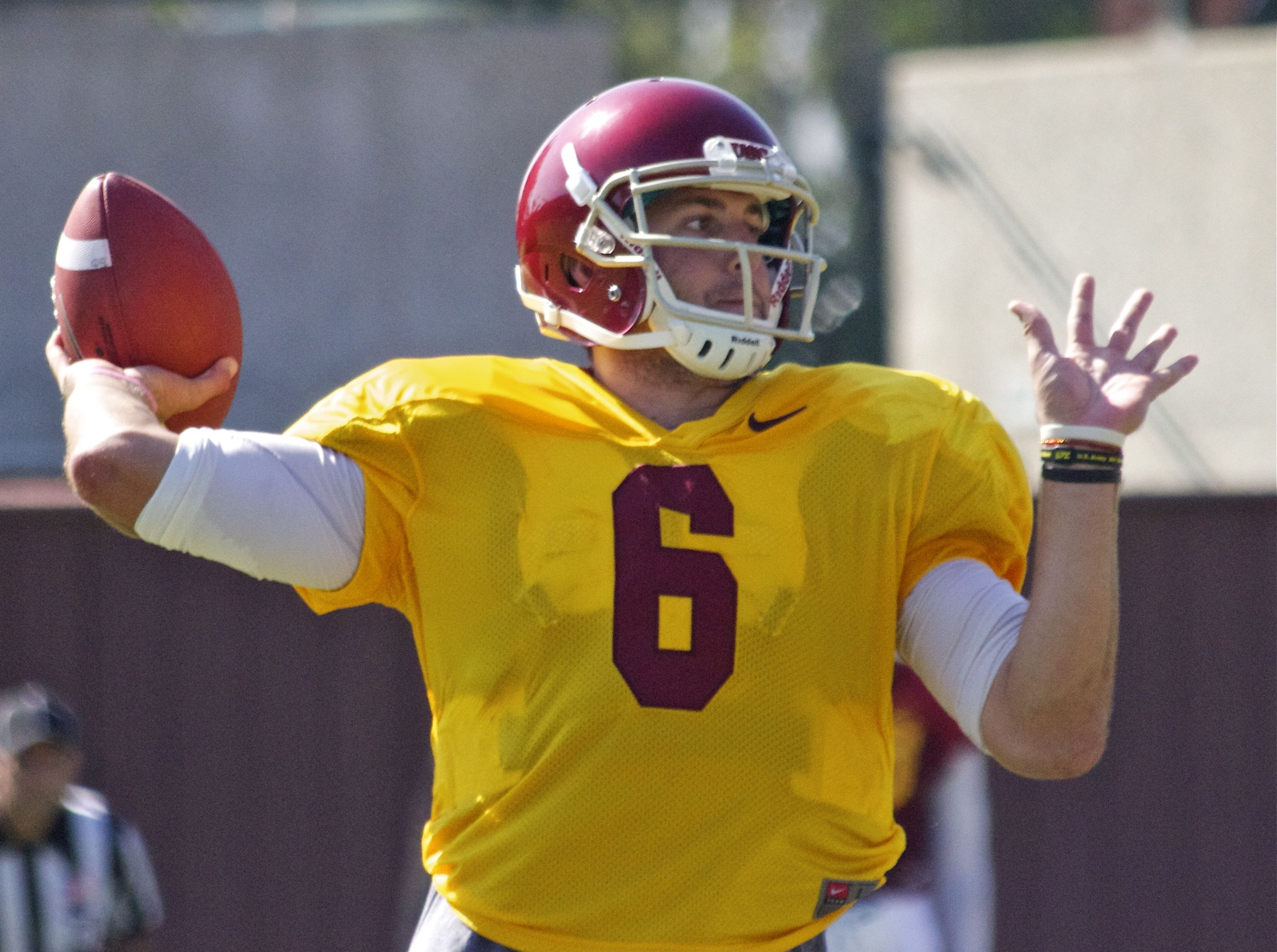 Fall Camp Chronicles Day Five Trojans Strap Up In Full Pads For The First Time -3952