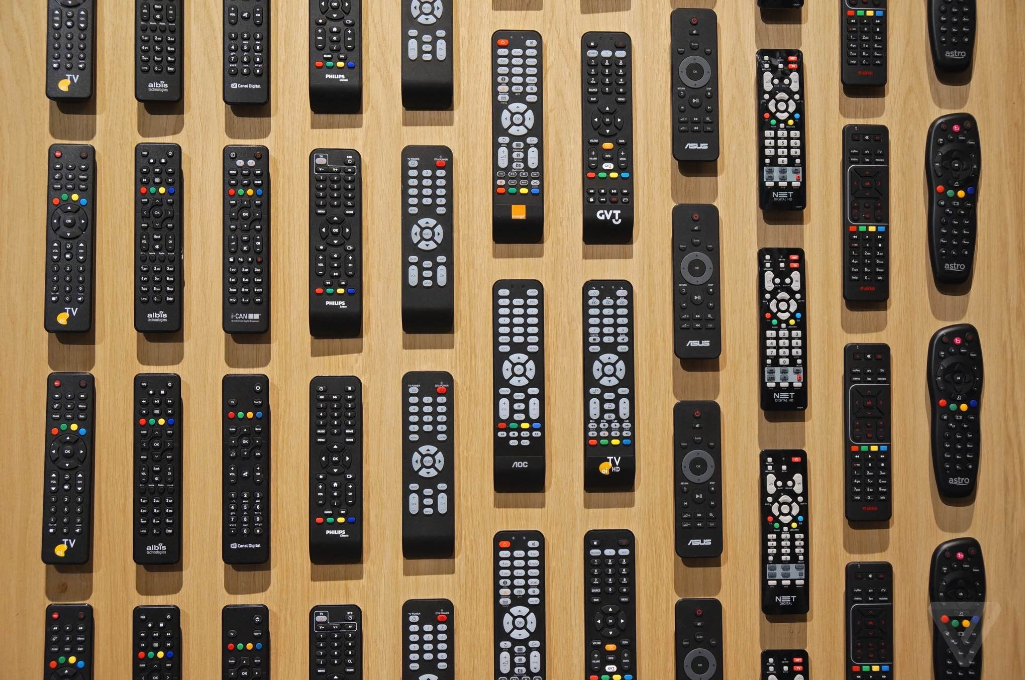 Philips remote controls at CES 2015 - The Verge