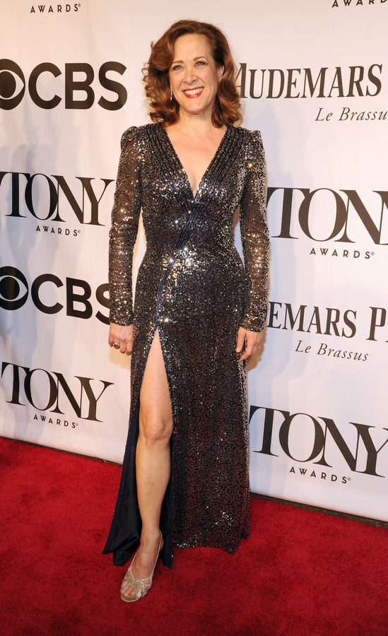 Tony Awards Style: 34 Gowns From Gorgeous to Wacky - Racked | 549 x 900 jpeg 129kB