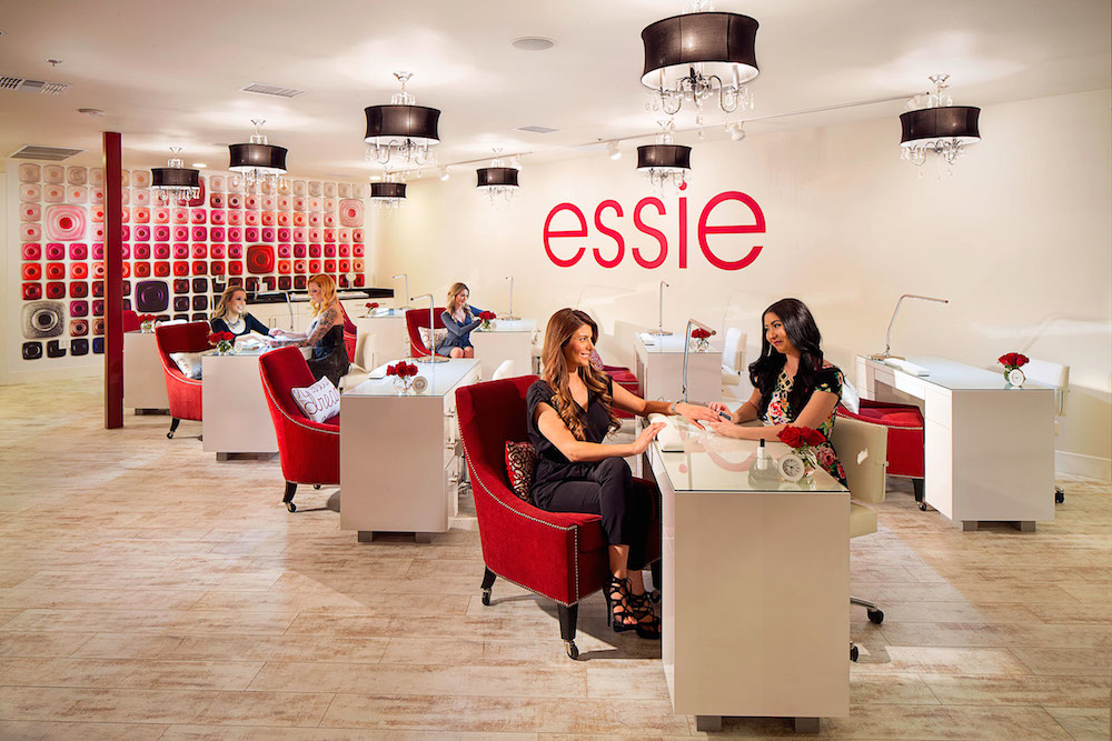Las vegas 14 best manipedi spots for sweet summer nails essie lounge at look style society photo look style society prinsesfo Images
