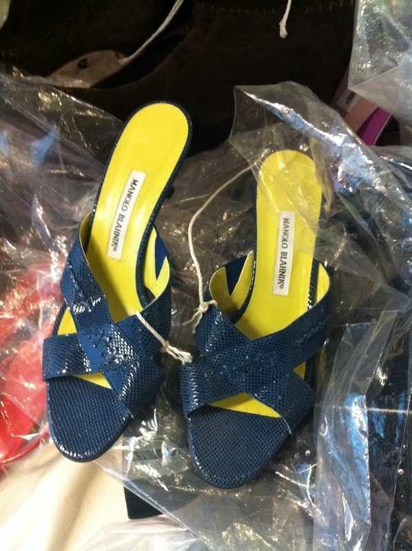 b93246fda927d 26 Photos from the Manolo Blahnik Sample Sale - Racked NY