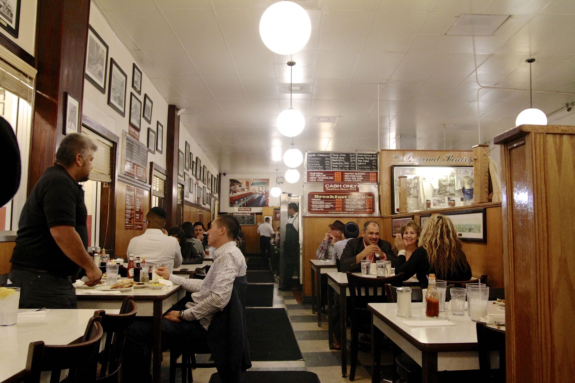 why the original pantry cafe and tommy's are two of la's all-night