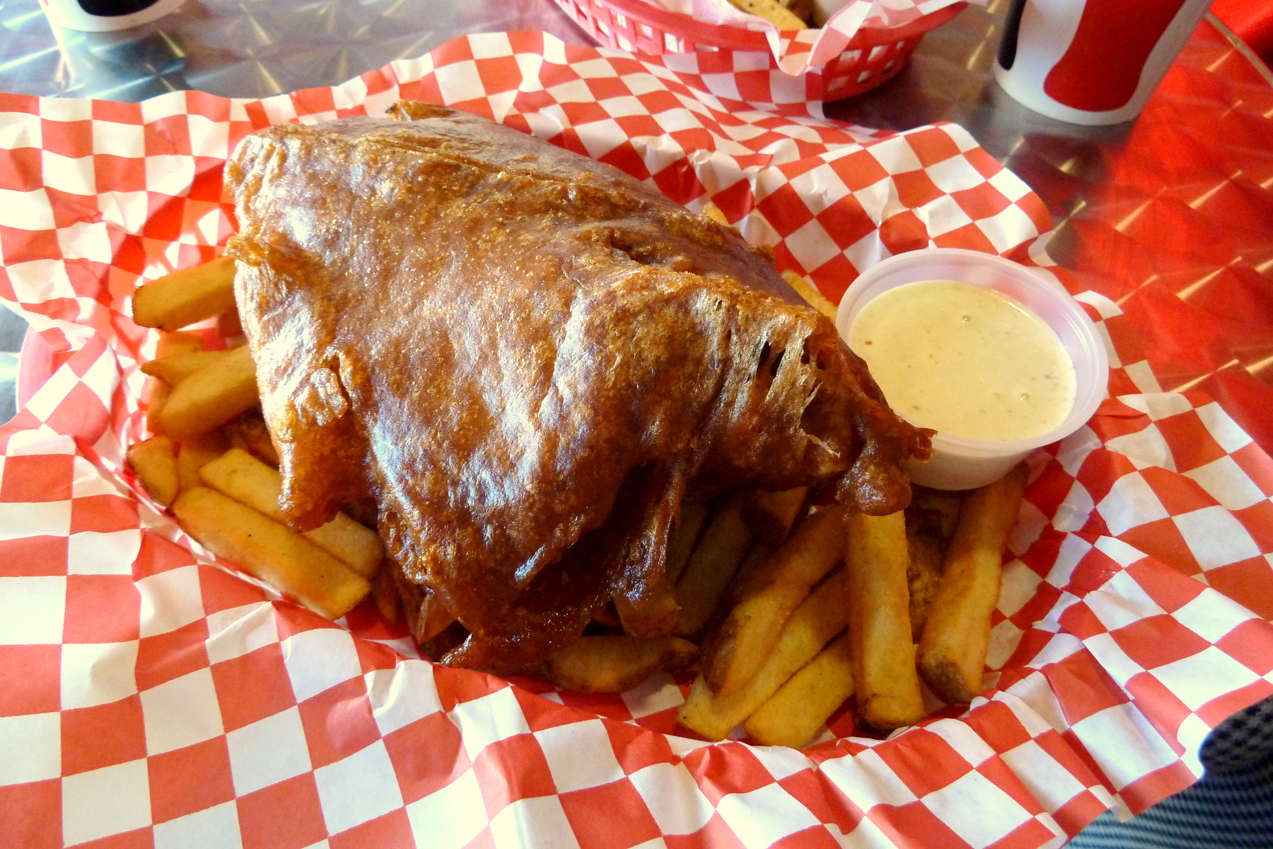 La 39 s best fish chips are frying up in encino eater la for Best fish and chips in san diego
