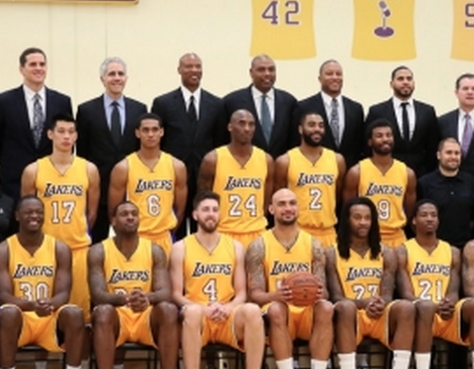 Kobe Bryant Is Not Happy To Be In The Lakers Team Photo