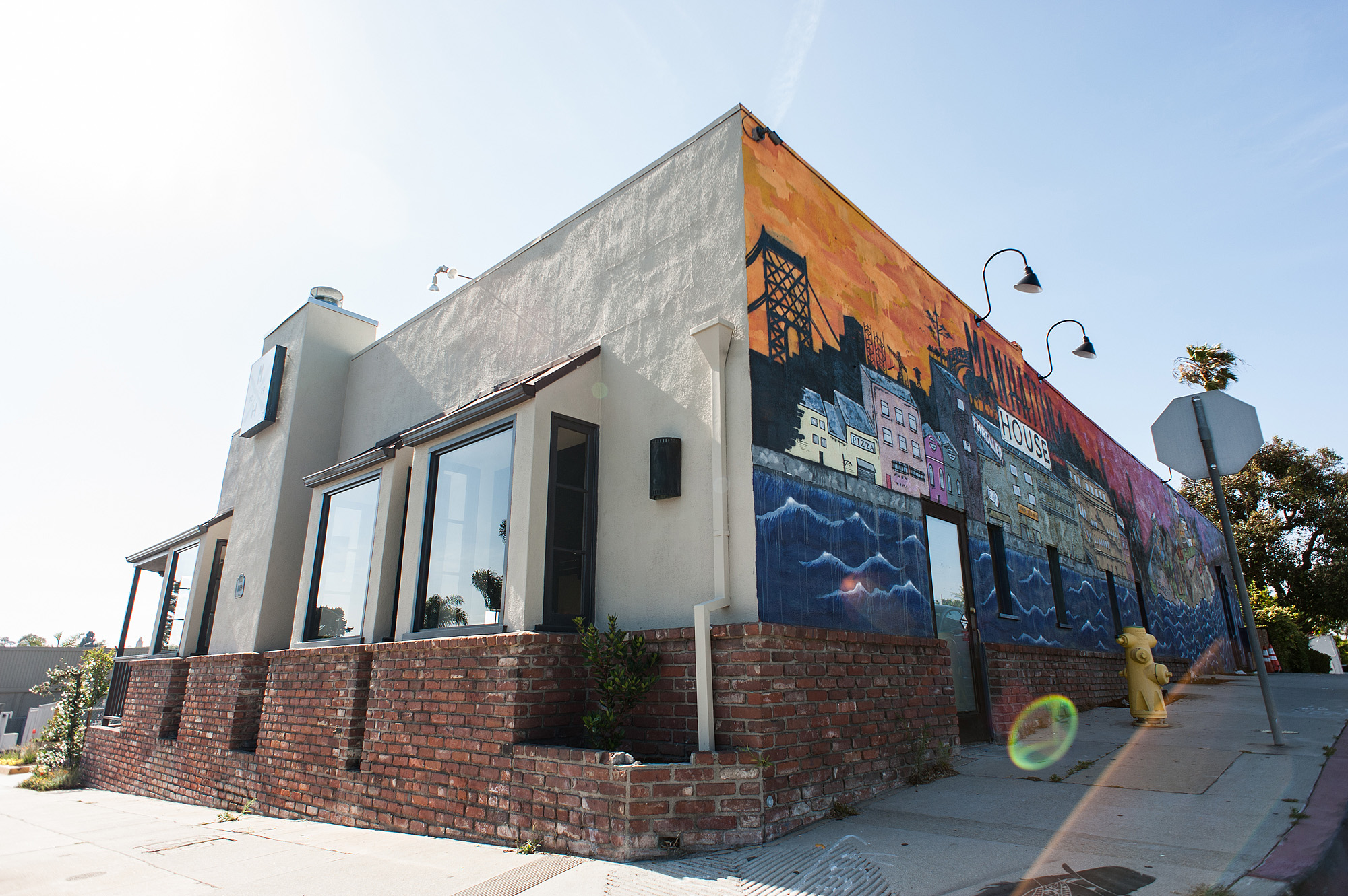 Meet Manhattan House The South Bay S Newest Neighborhood Restaurant