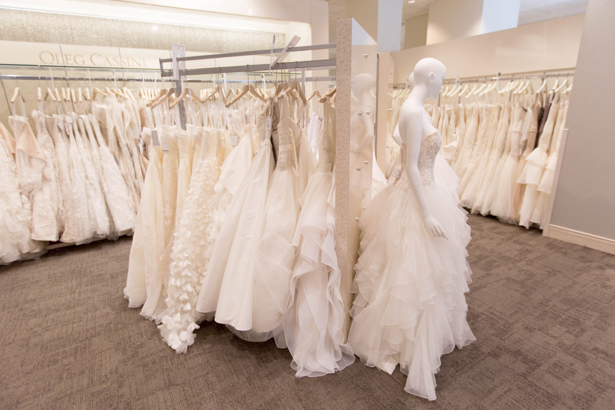David 39 s bridal doesn 39 t want to be the walmart of weddings for Wedding dress shops york