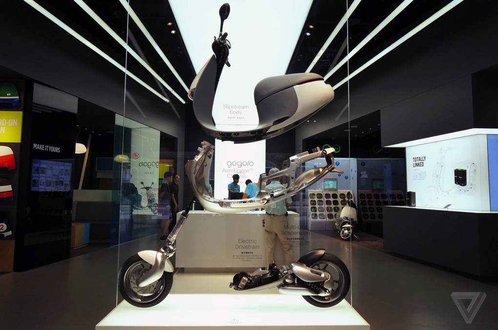 I Never Wanted A Scooter Until I Met The Gogoro The Verge