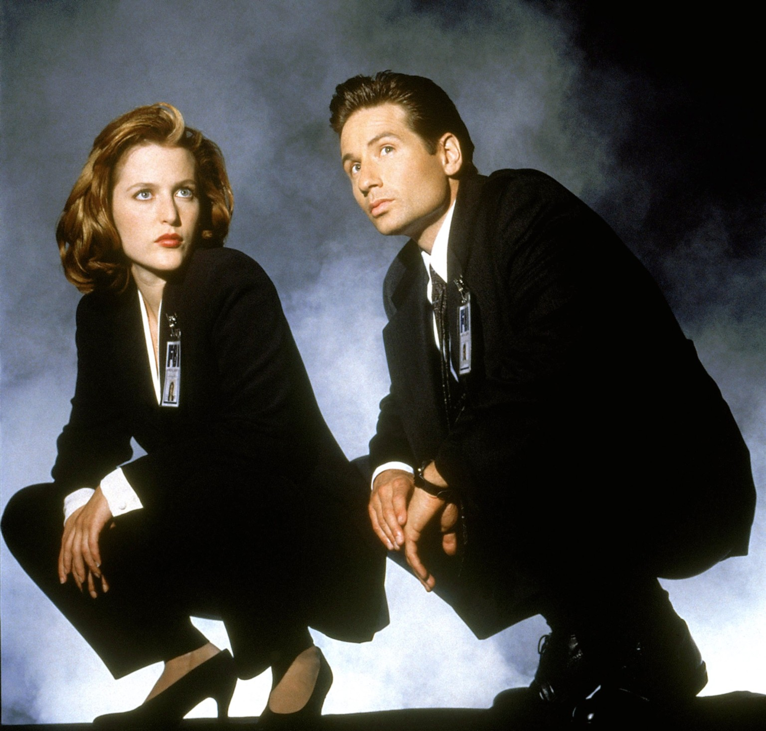 this is what fox mulder and dana scully look like in 2015 the verge. Black Bedroom Furniture Sets. Home Design Ideas