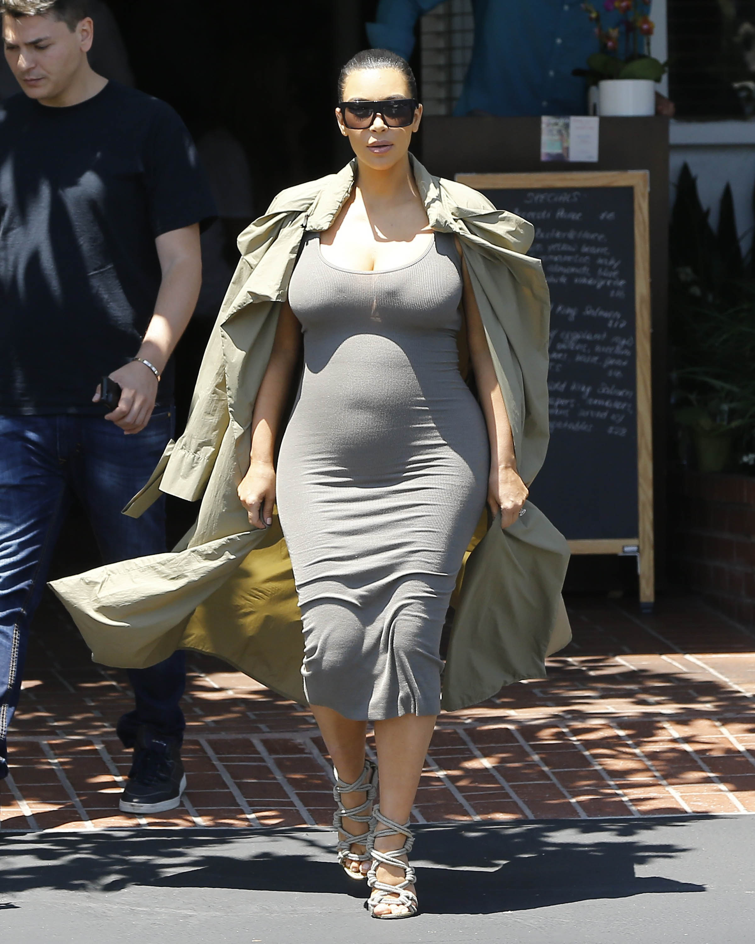 Kim Kardashian Baby Bump Watching Season Has Officially Begun
