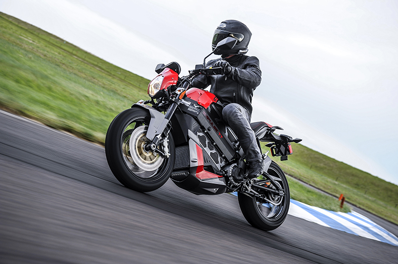 Victory S 19 999 Empulse Tt Electric Motorcycle Can Go 140 Miles On A Charge The Verge