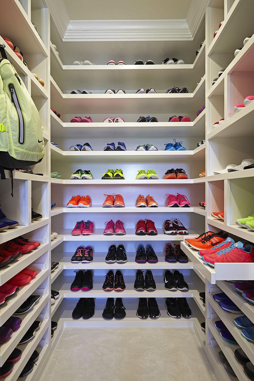 Khloé Kardashian's Fitness Rebrand Includes a Massive, Gorgeous Closet for Gym Stuff