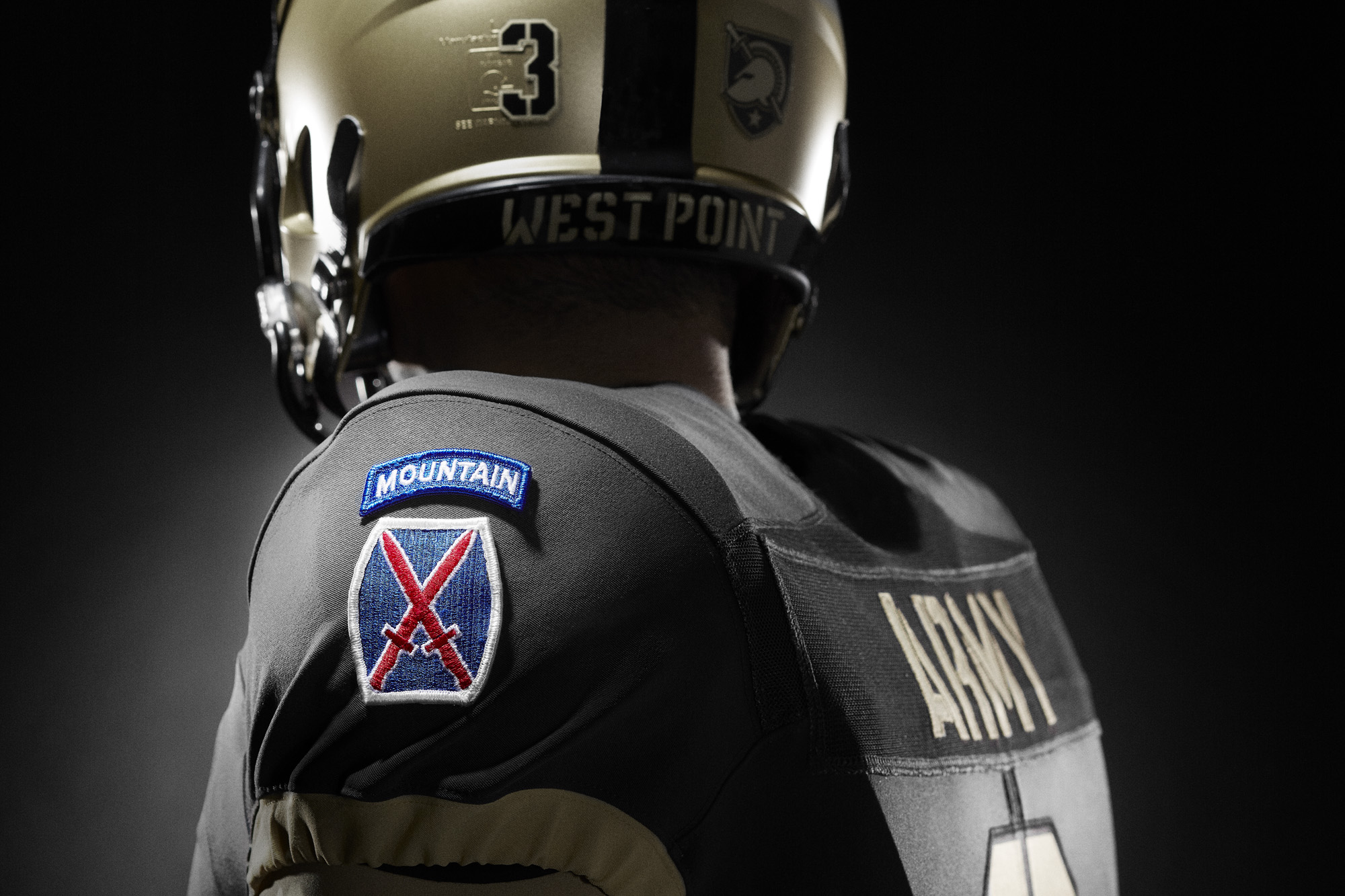 Here are 13 new college football uniforms for 2015. Are they lit or not?