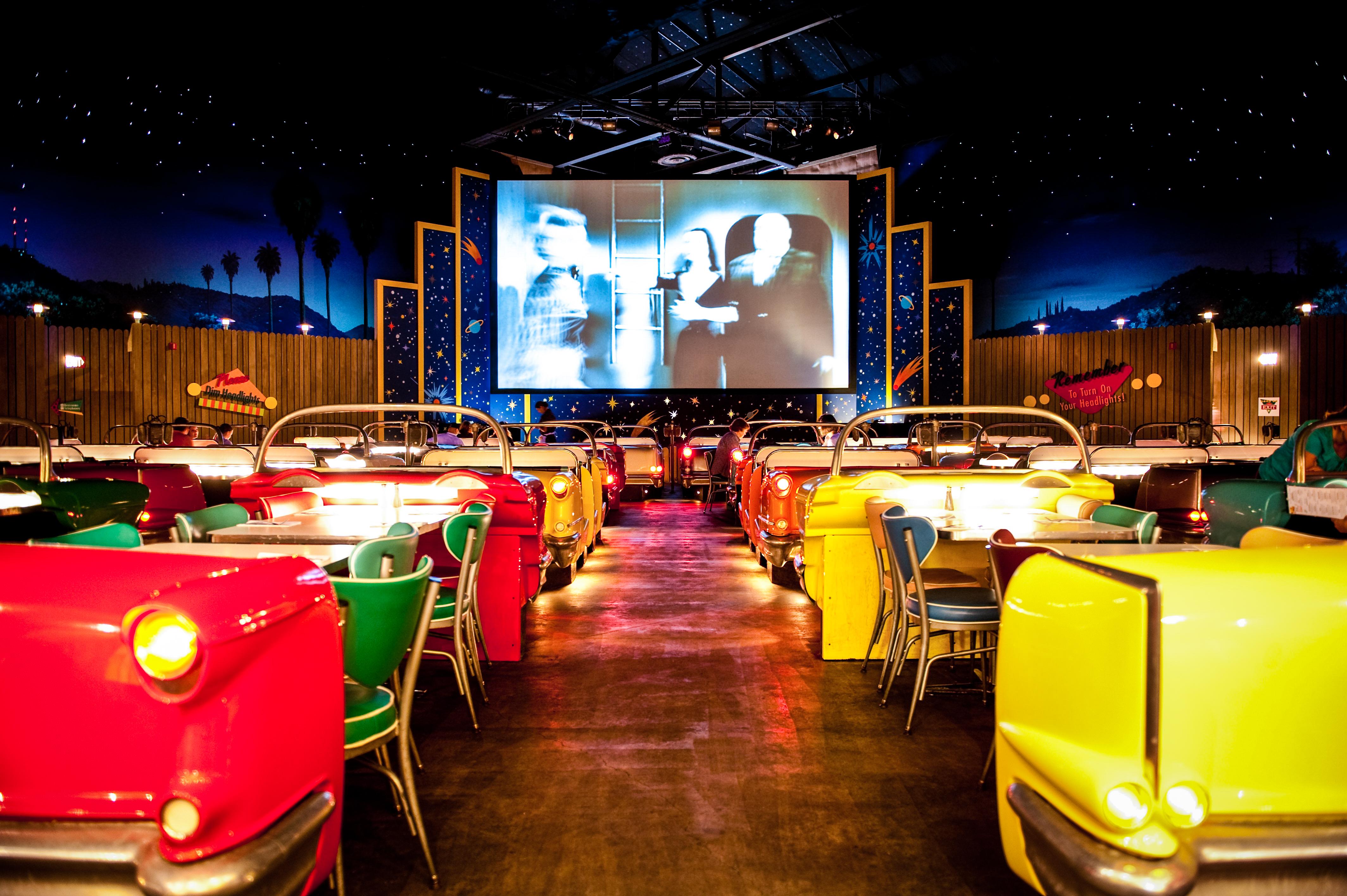 dining in the dark orlando 2015. sci-fi dine-in theater | josh hallett/flickr dining in the dark orlando 2015