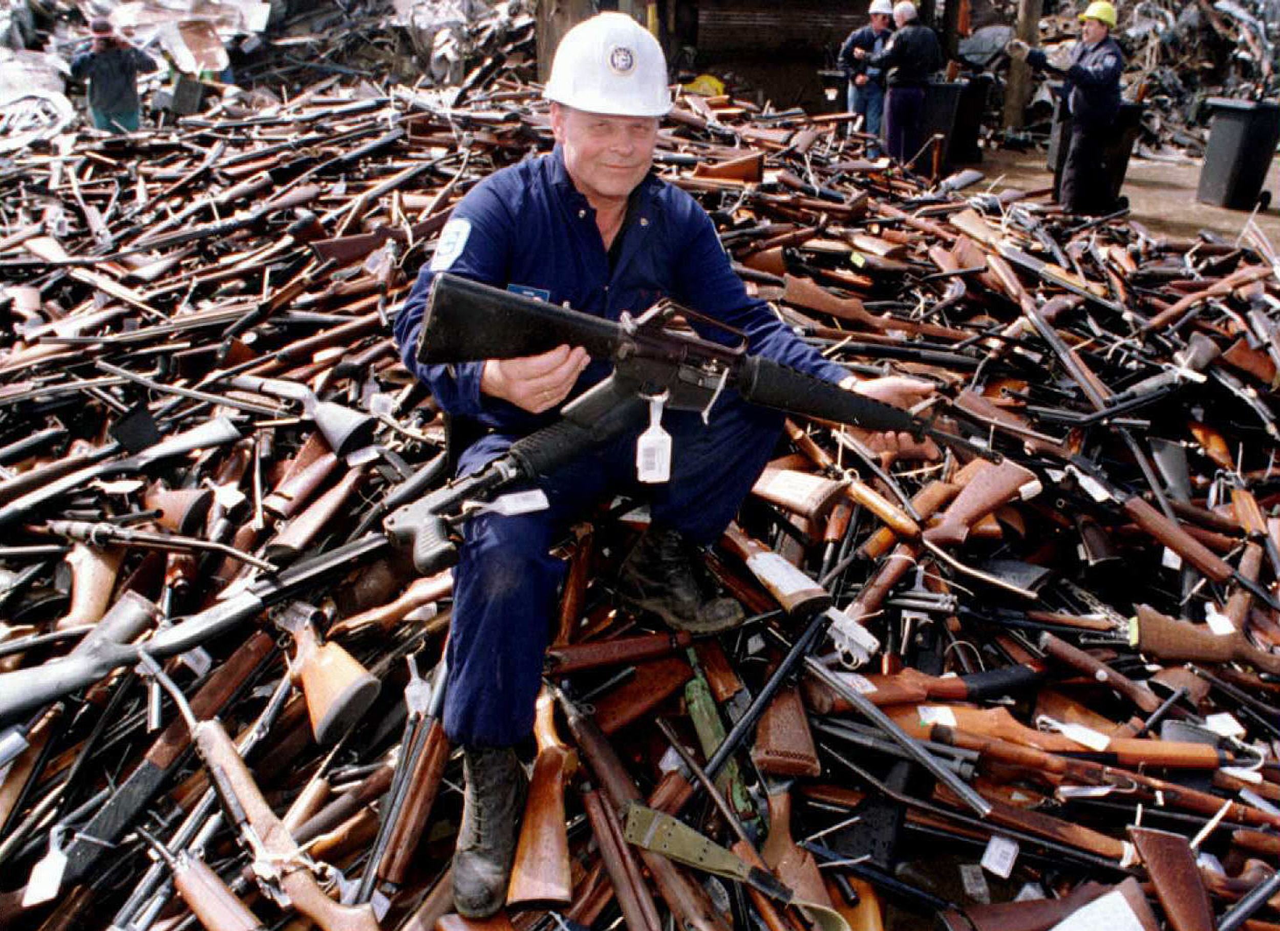 A huge international study of gun control finds strong evidence that it actually works - Vox
