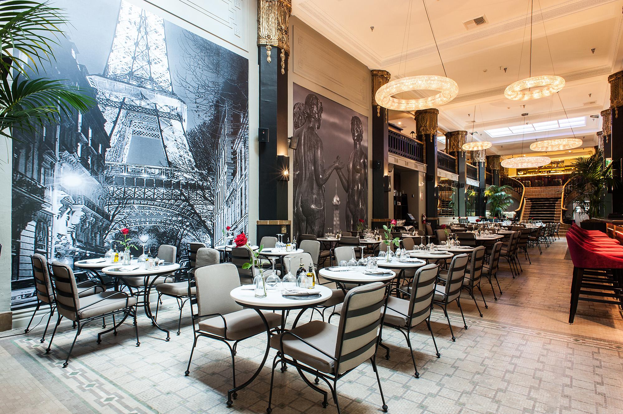 Behold Le Petit Paris Downtown La S New Crown Jewel