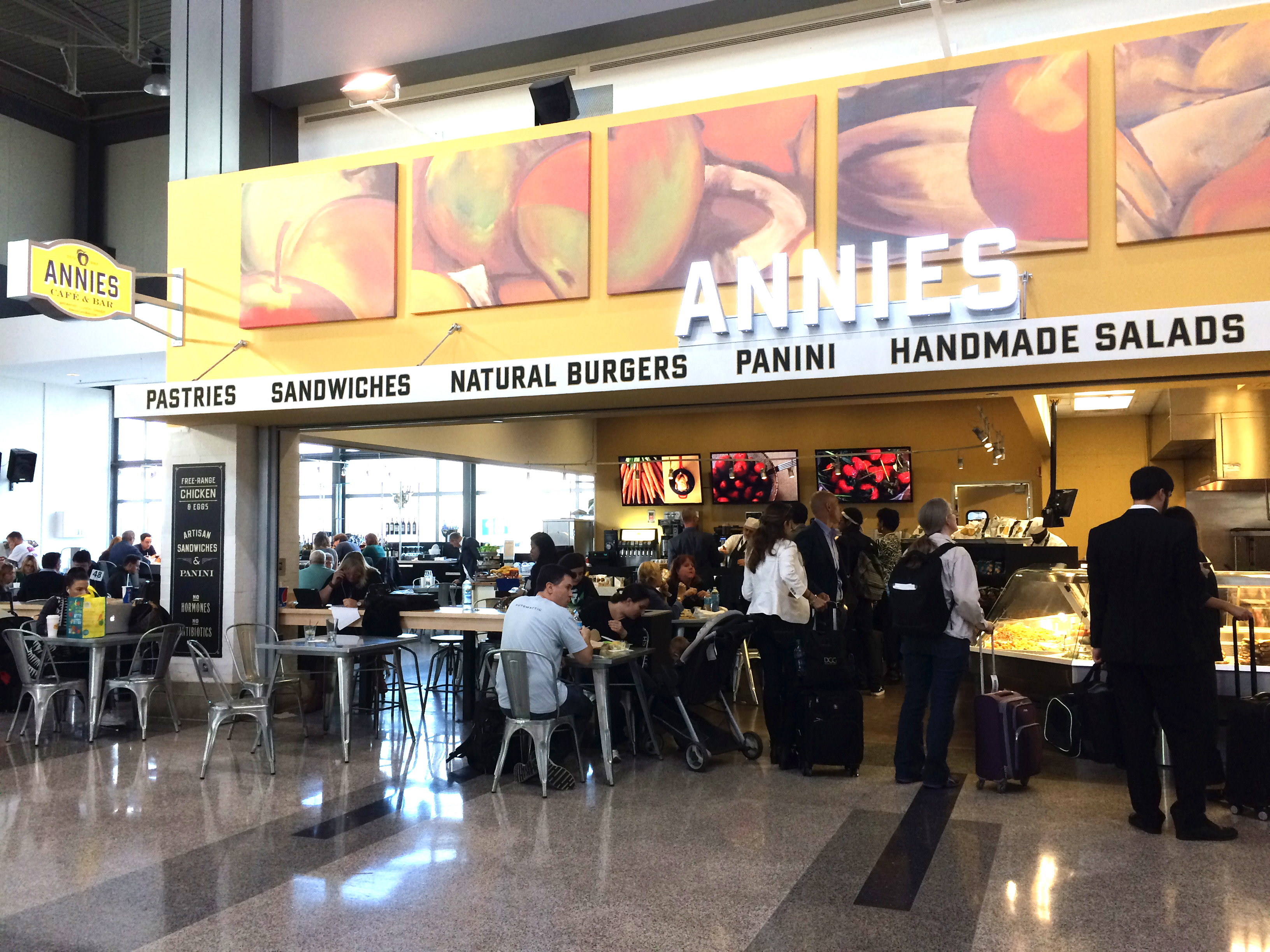 where to eat at austin bergstrom international airport abia
