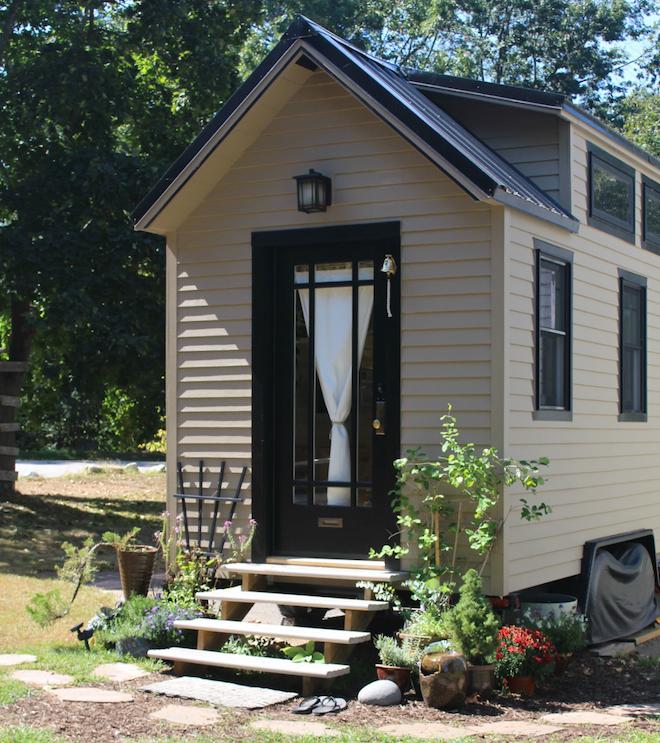 Impressive Tiny House Built For Under 30k Fits Family Of