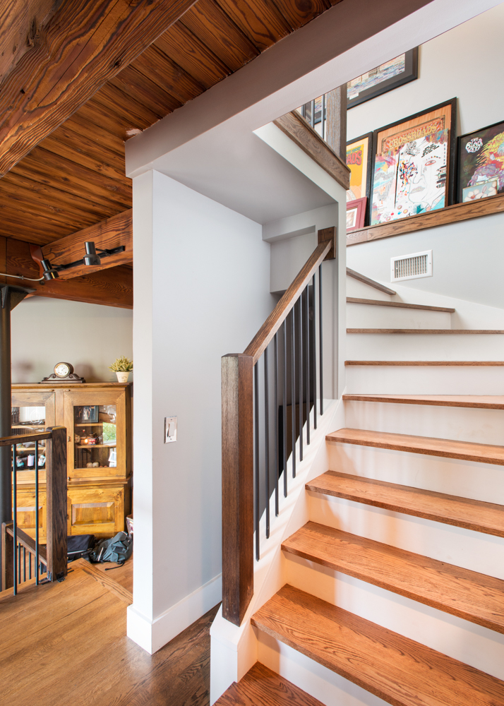 Rustic Meets Modern In This Tri Level Lincoln Park Timber