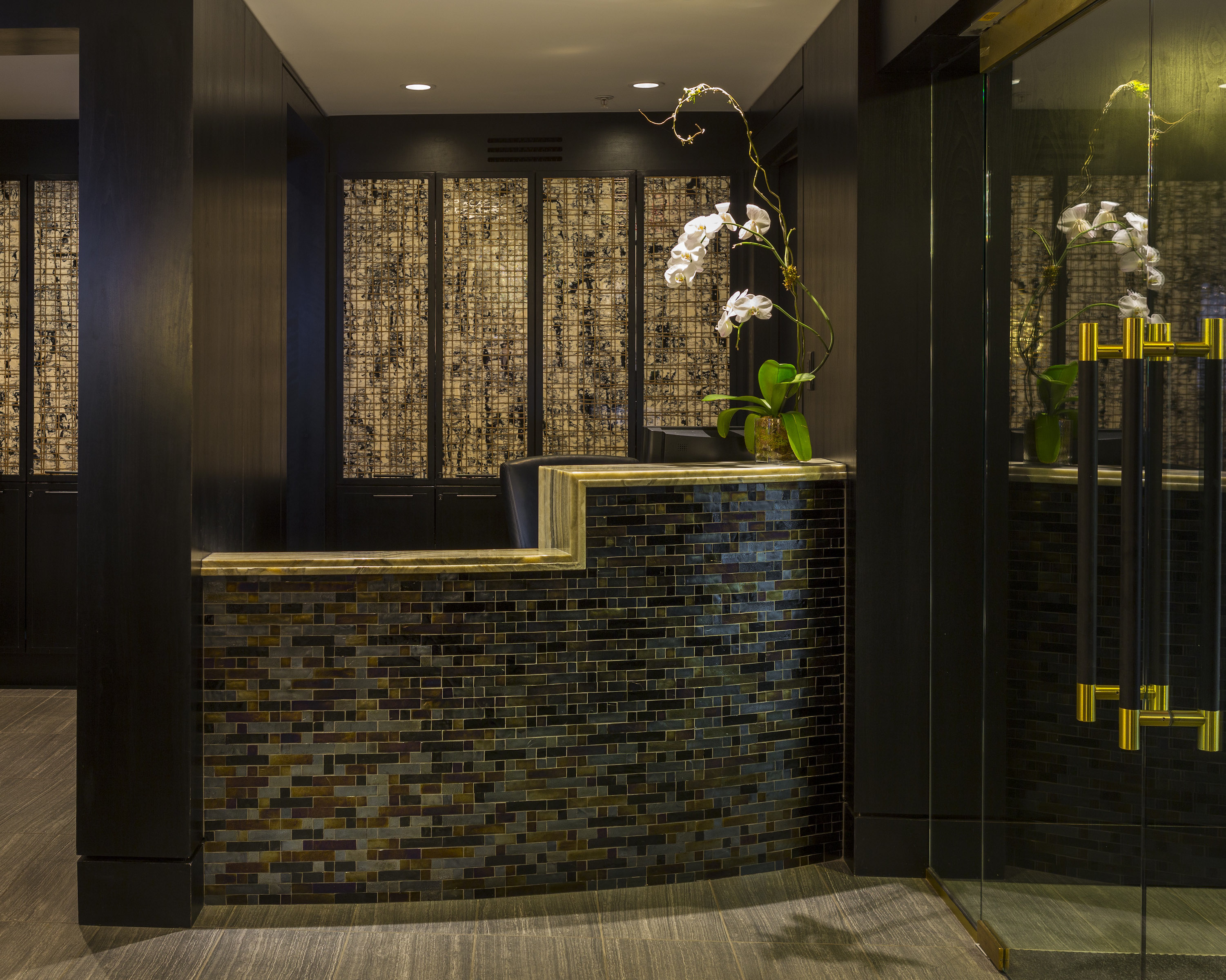 Dupont Circle Apartment Building Gets Top-to-Bottom Redesign ...