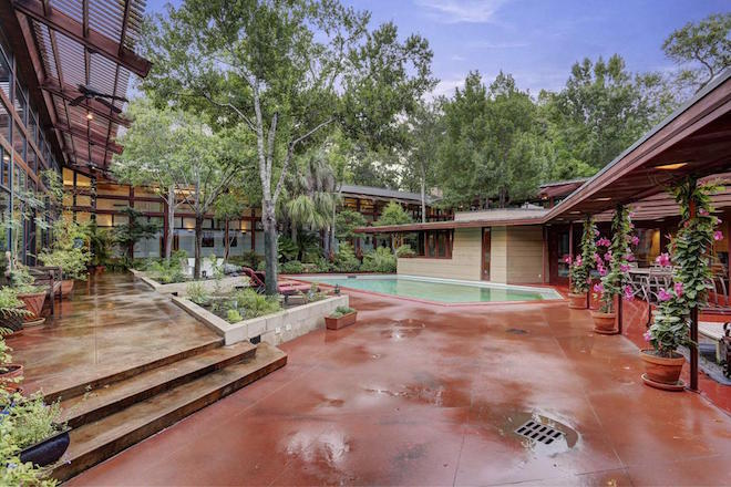 Frank Lloyd Wright 39 S Lone Star Style 3m Gets You This Pool Hugging Usonian Upgrade Curbed