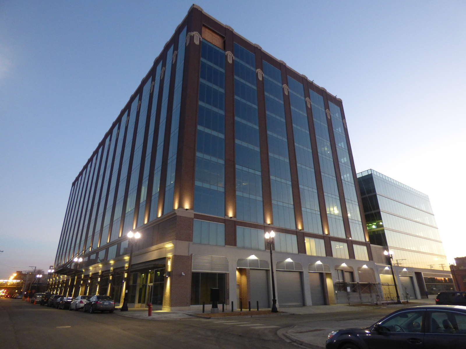 The Area Has Become A White Hot Market For Higher End Specialty Office  Space, Particularly For Lofts, As River North And Other Parts Of The West  Loop Have ...