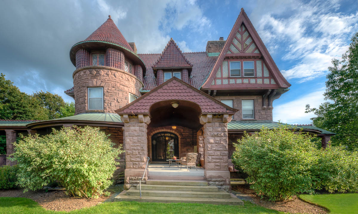 The hands down most beautiful houses for sale in 2014 curbed for Most beautiful mansions