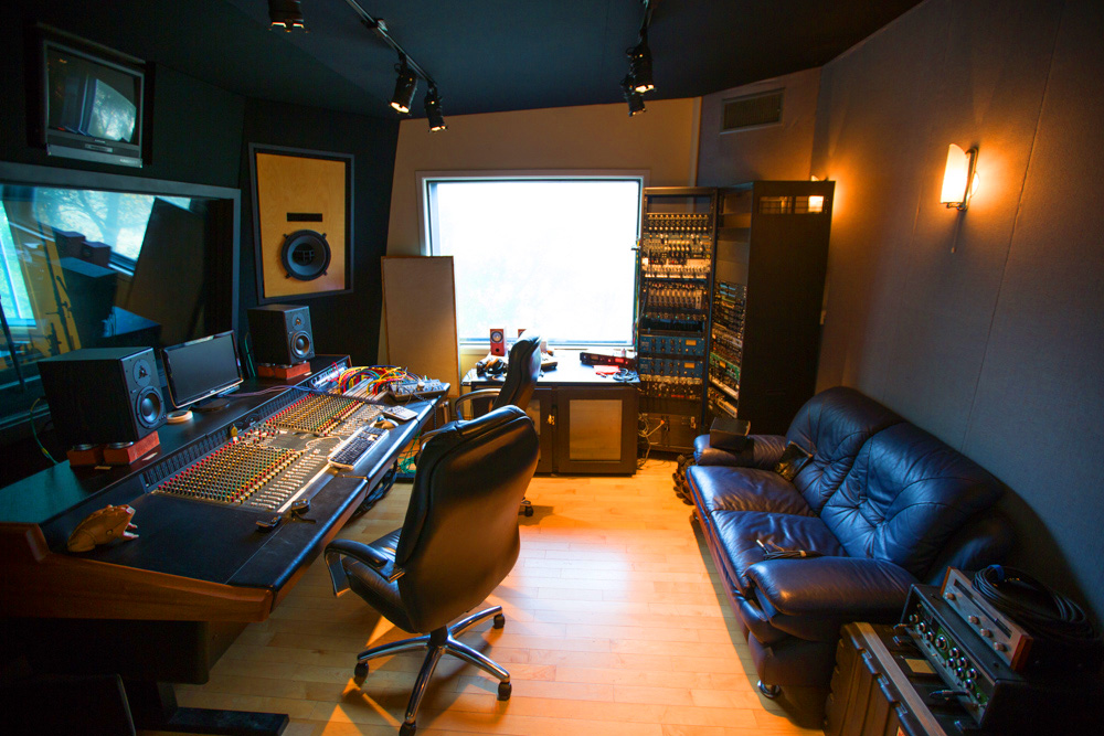 Inside The Underground World Of LAu0027s Home Recording Studios   Curbed LA