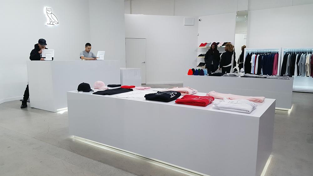 Photos Drake S First Stateside Ovo Store Opens On La Brea Racked La