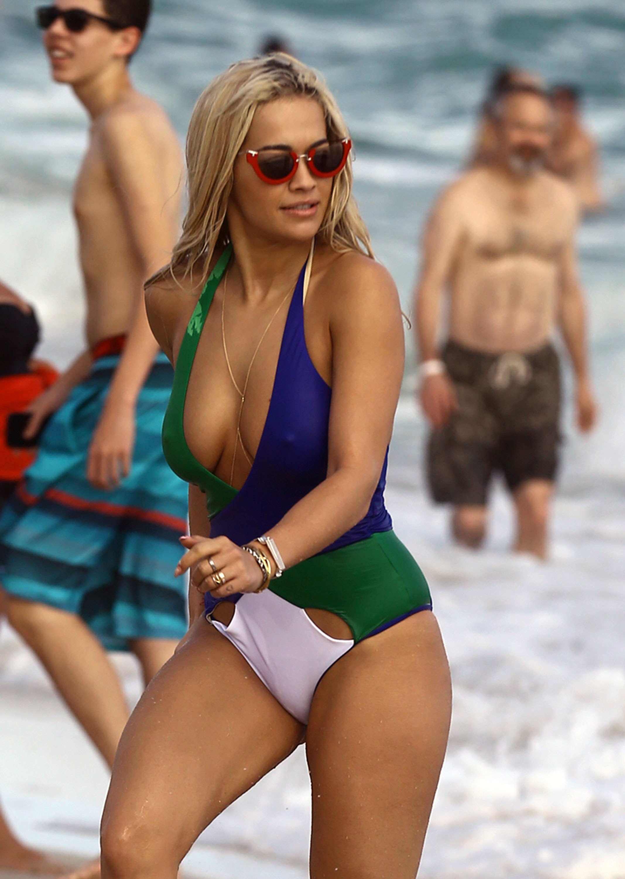 Rita Ora Is Currently In Miami Conquering 2 Foot Waves