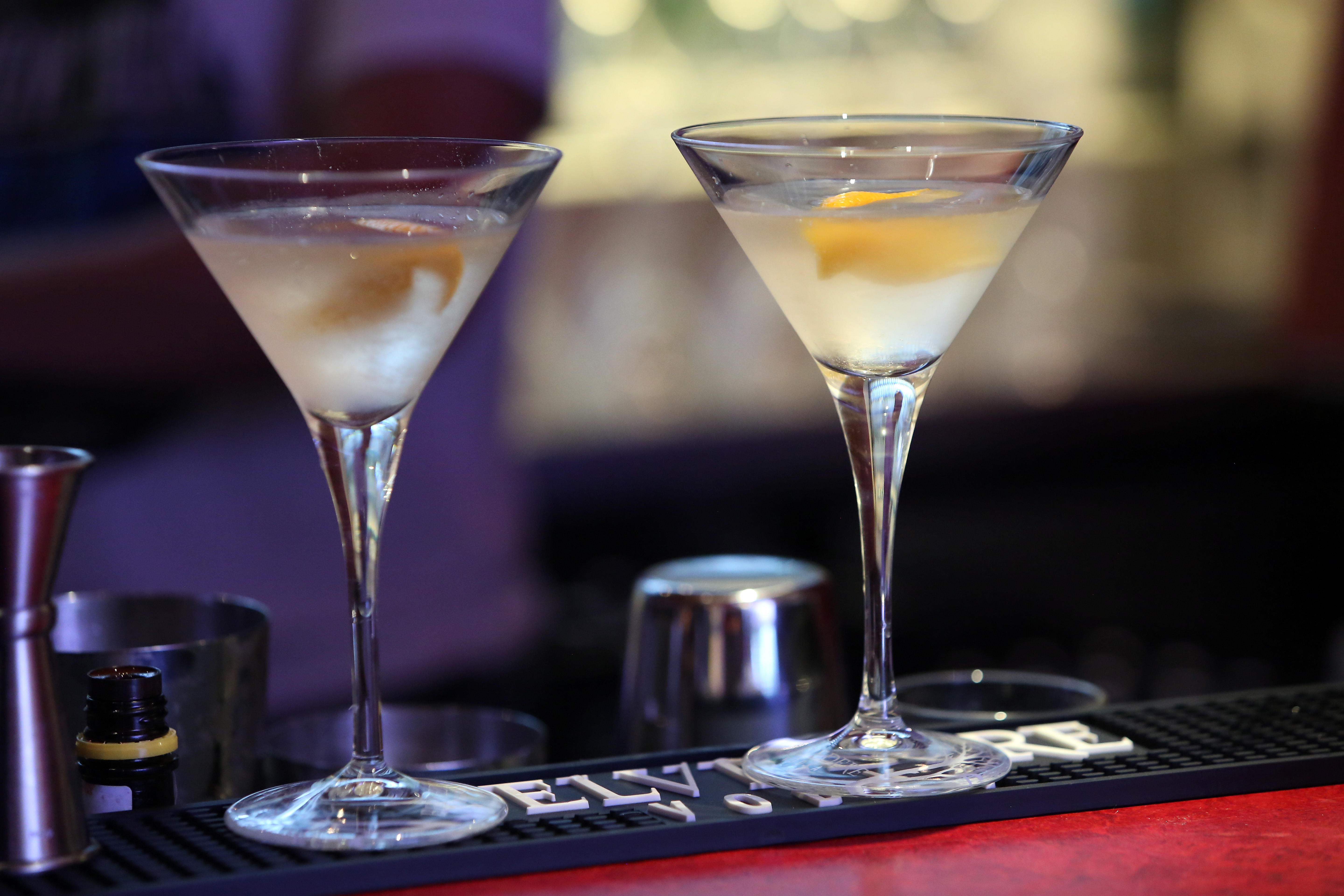 legal drink age should stay the Why the legal drinking age should stay at twenty-one alcohol is a depressant that affects your vision, coordination, reaction time, multitasking ability, judgment, and decision-making (short and long term).