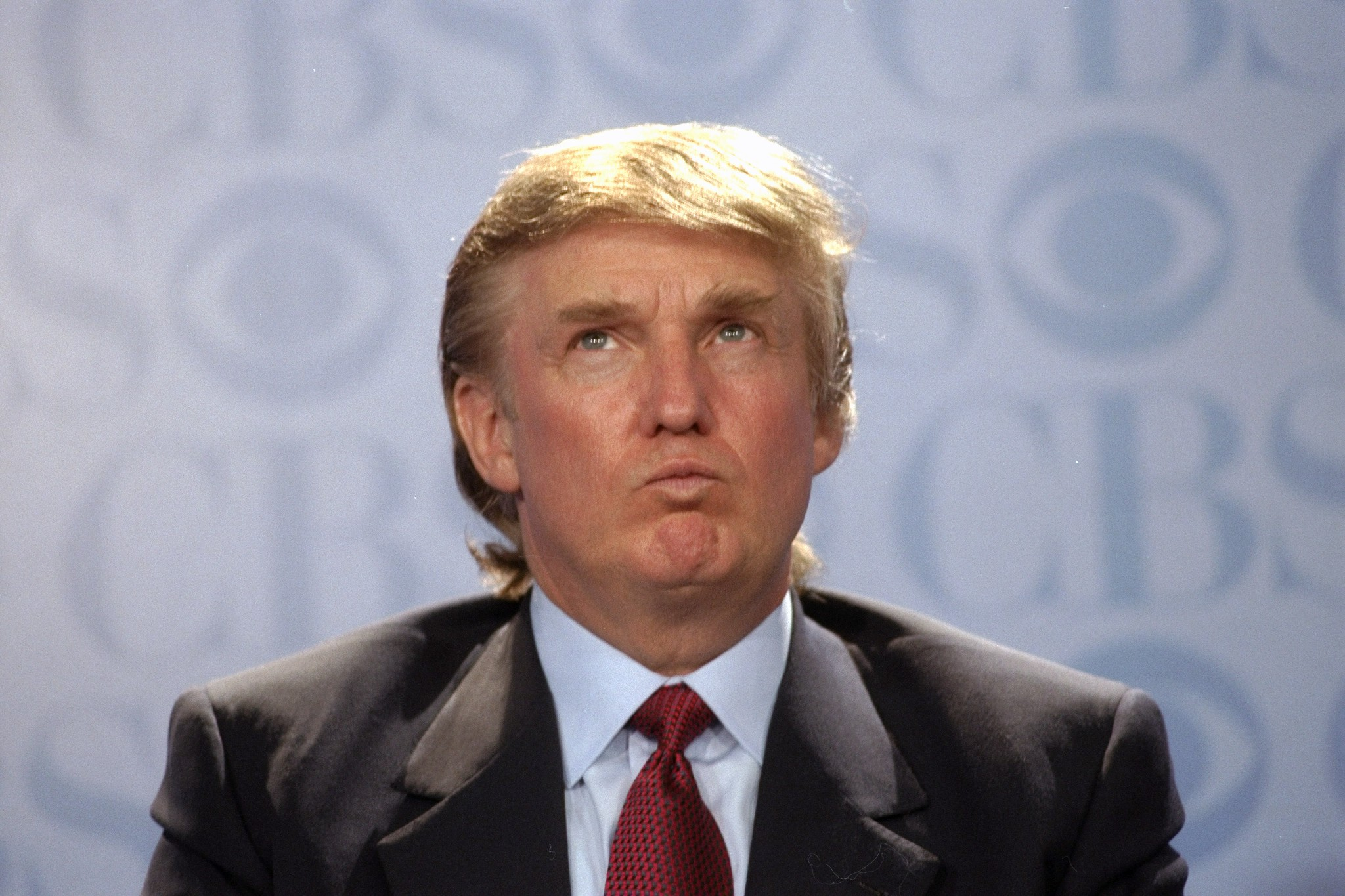 Is Donald Trump Spray Tan Or Tanning Bed