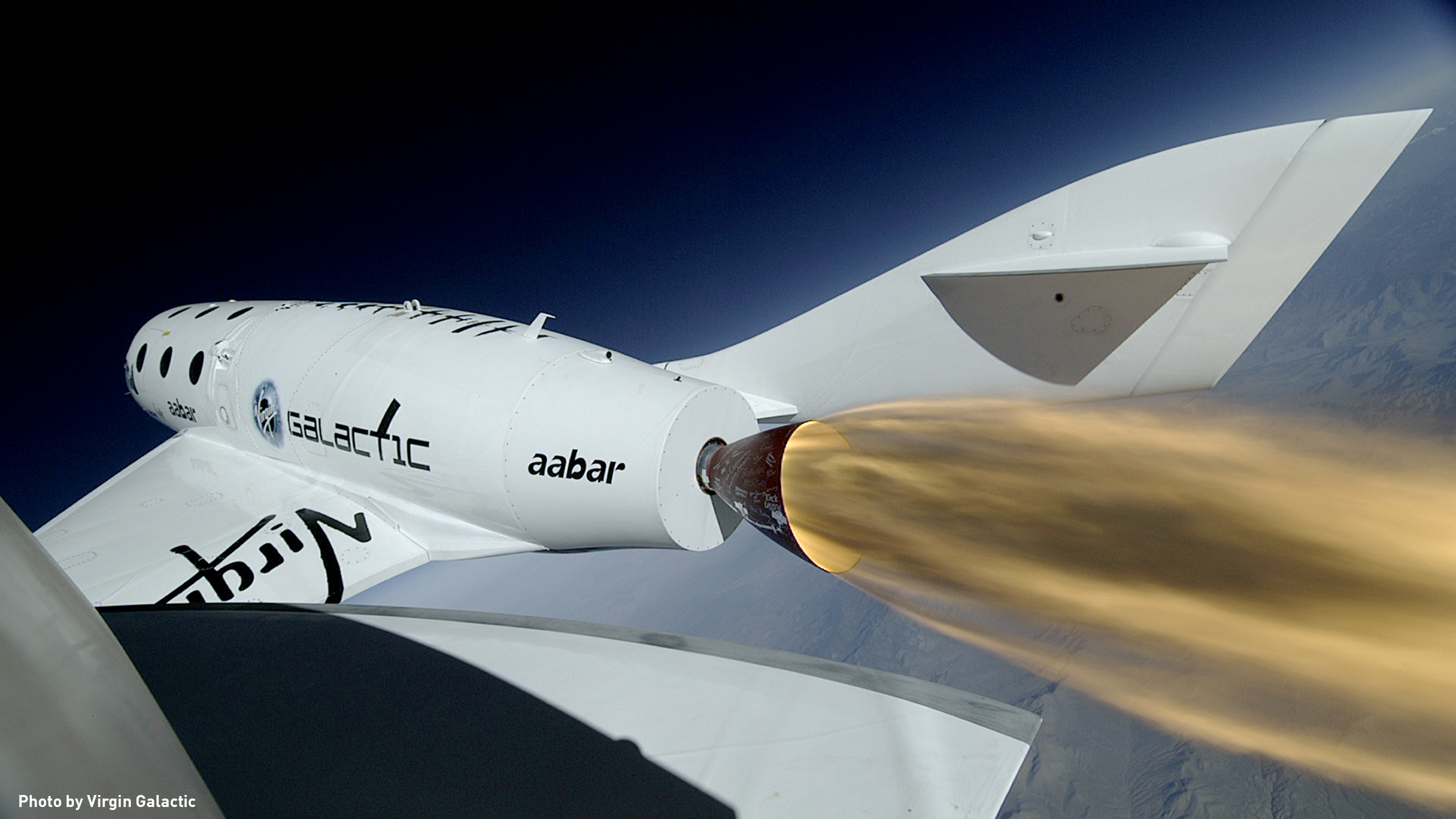 virgin galactic unveils new spaceshiptwo vehicle that will replace