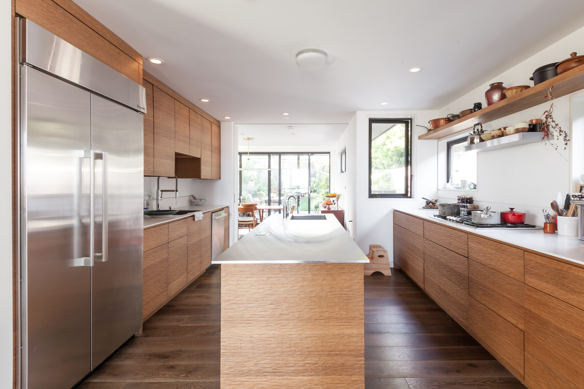 Look Inside The Airy Home Kitchen Of Tartine Bakery Owners Liz Prueitt And  Chad Robertson