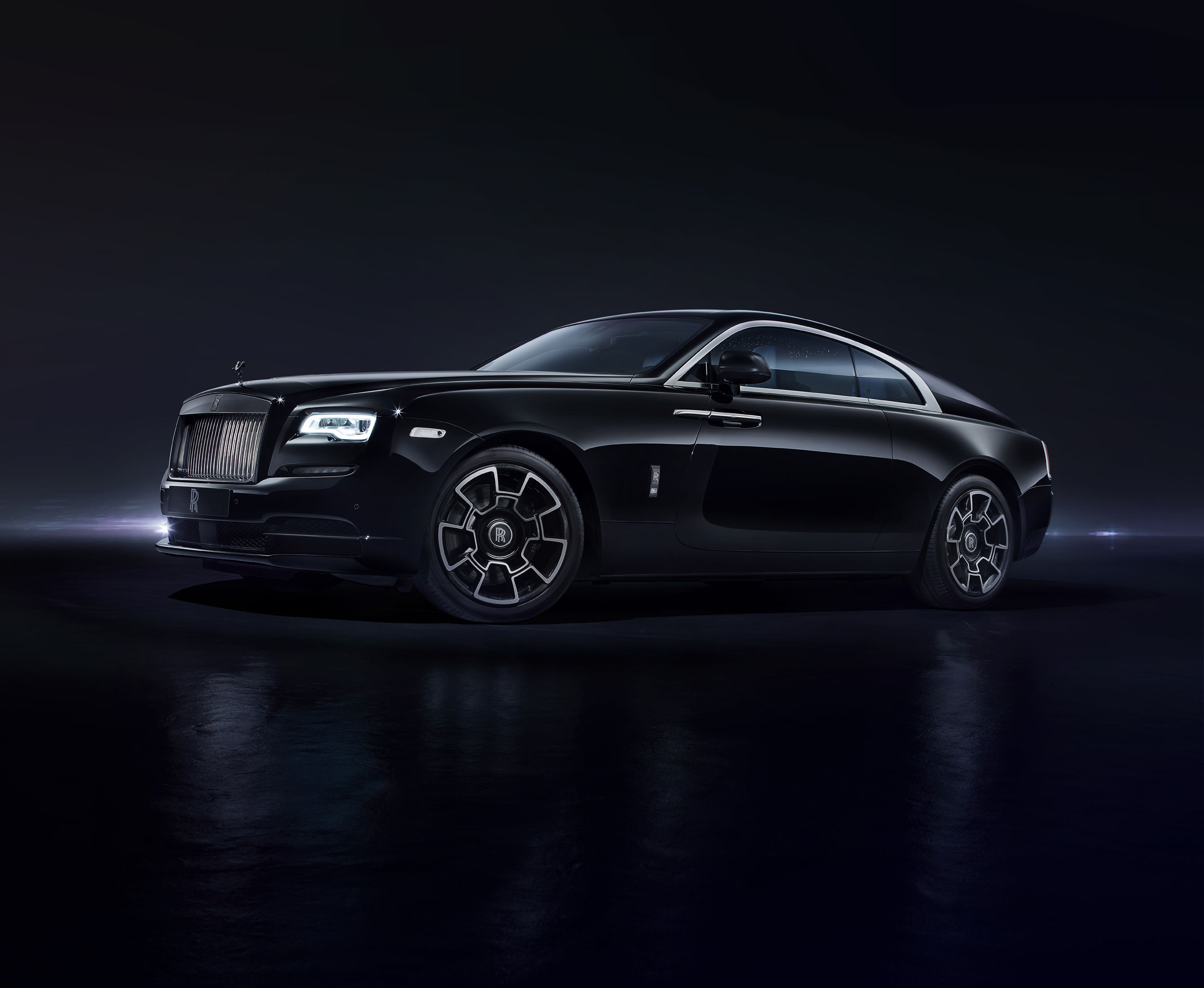 The Rolls Royce Black Badge Turns Murdering Out Into An Elegant Art Form The Verge