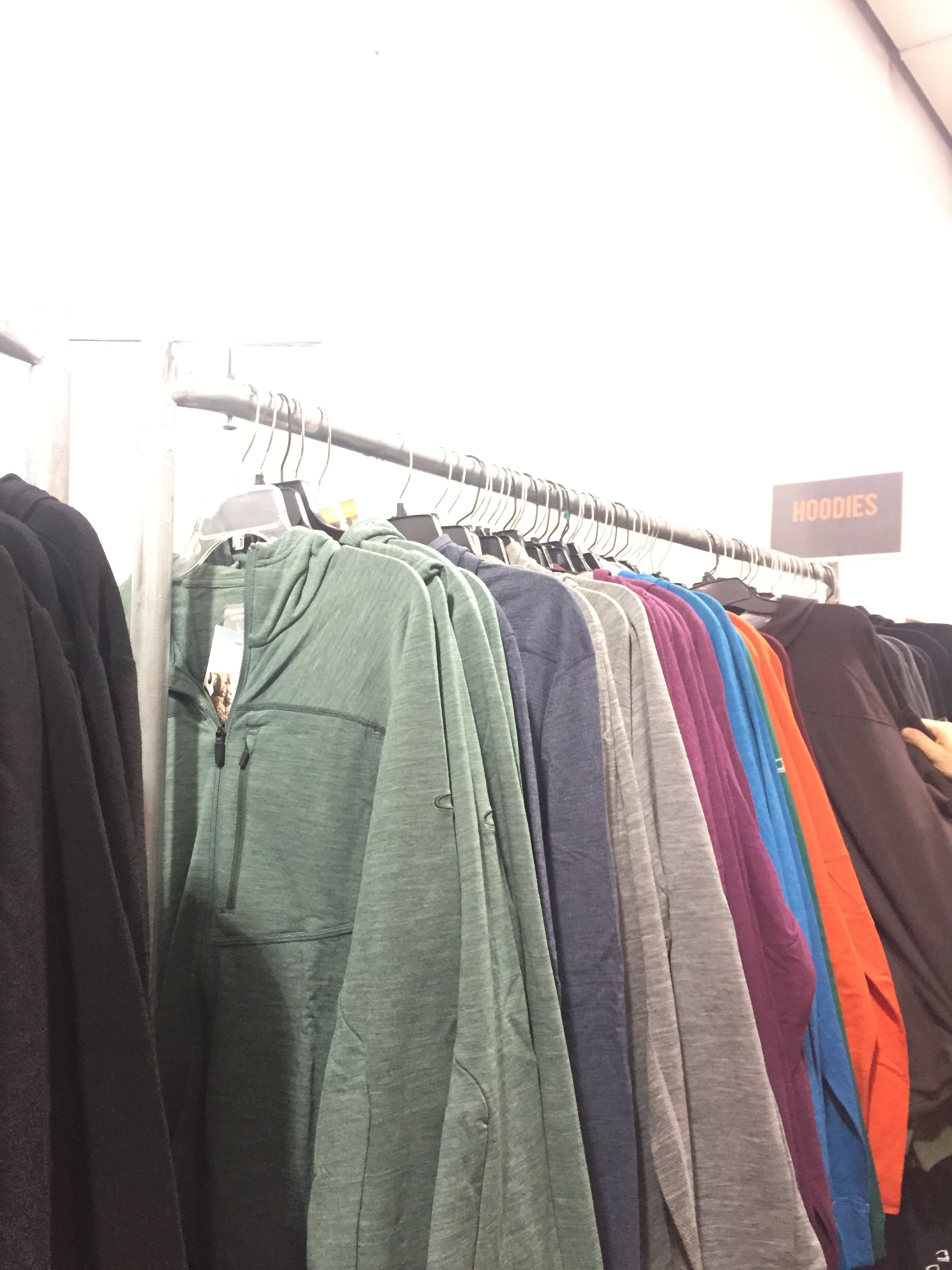 085dc685485 The Icebreaker Sample Sale Reduced Prices on Its Activewear ...