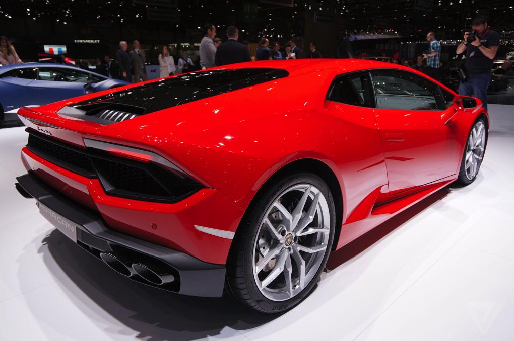 Lambo For Sale >> I love this Ferrari-red Lamborghini - The Verge