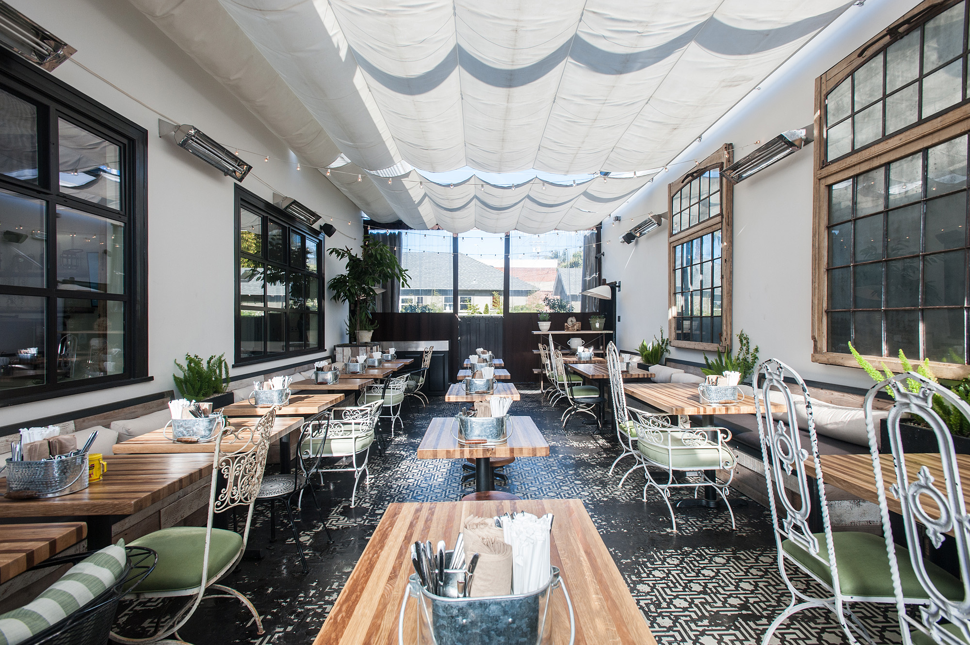 Greenleafs Abbot Kinney Spot Is A Sanctuary For The Salad Obsessed