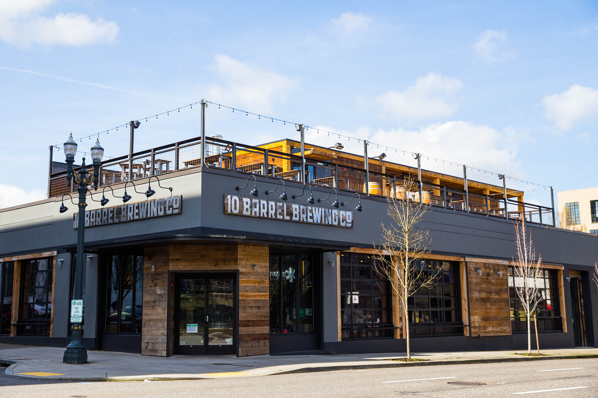 10 Barrelu0027s New Rooftop Patio Will Open To The Public On Tuesday