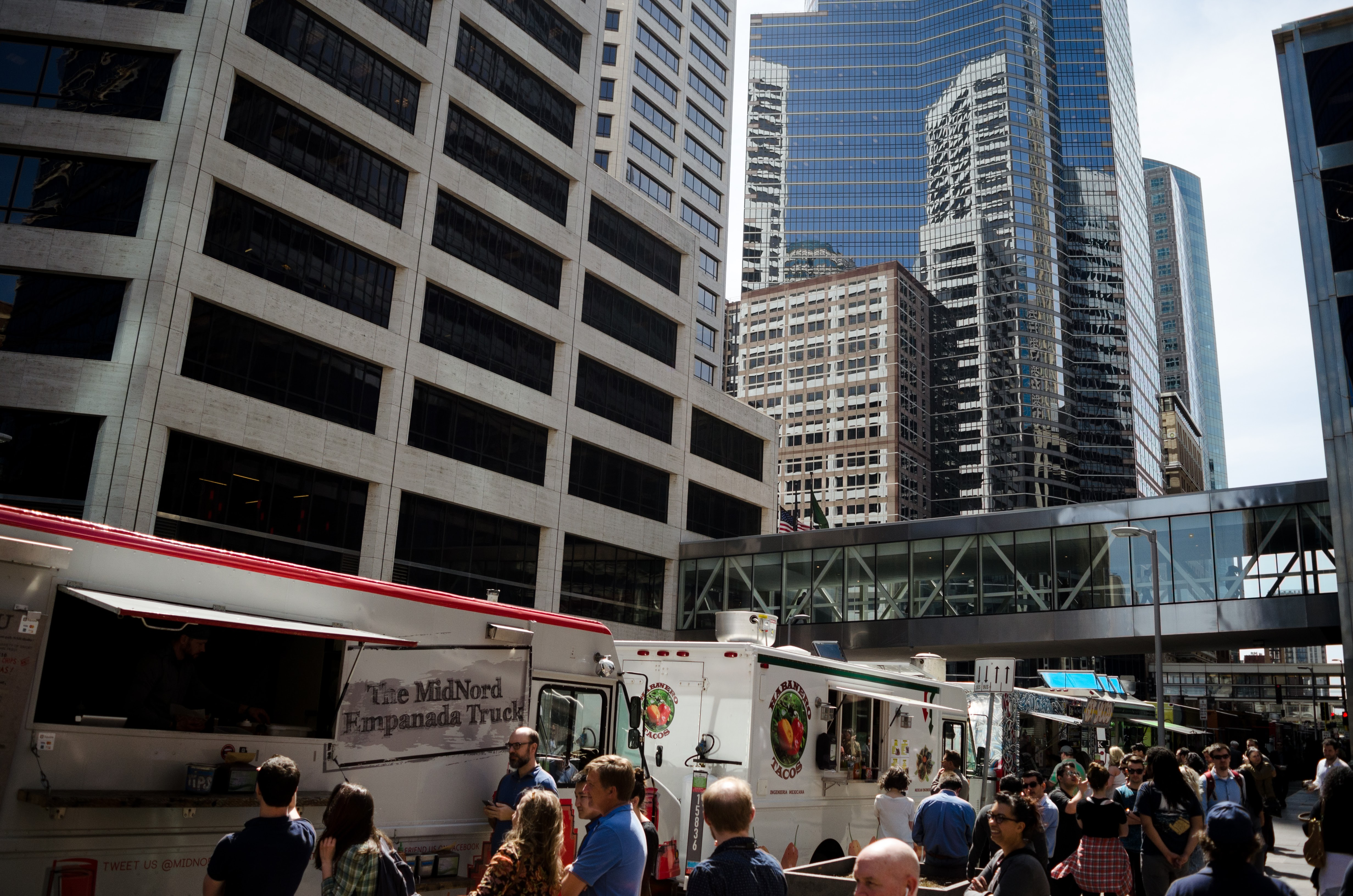 Eater Scenes Food Truck Friday In Downtown Minneapolis At 100 Pm