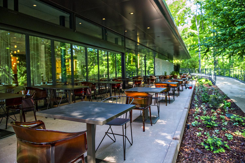 Inside Linton Hopkins 39 Sparkling Botanical Garden Restaurant Eater Atlanta