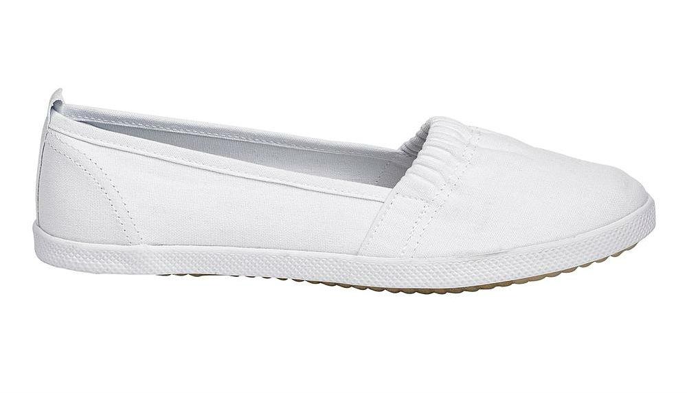 K Mart Now Canvas White Shoes
