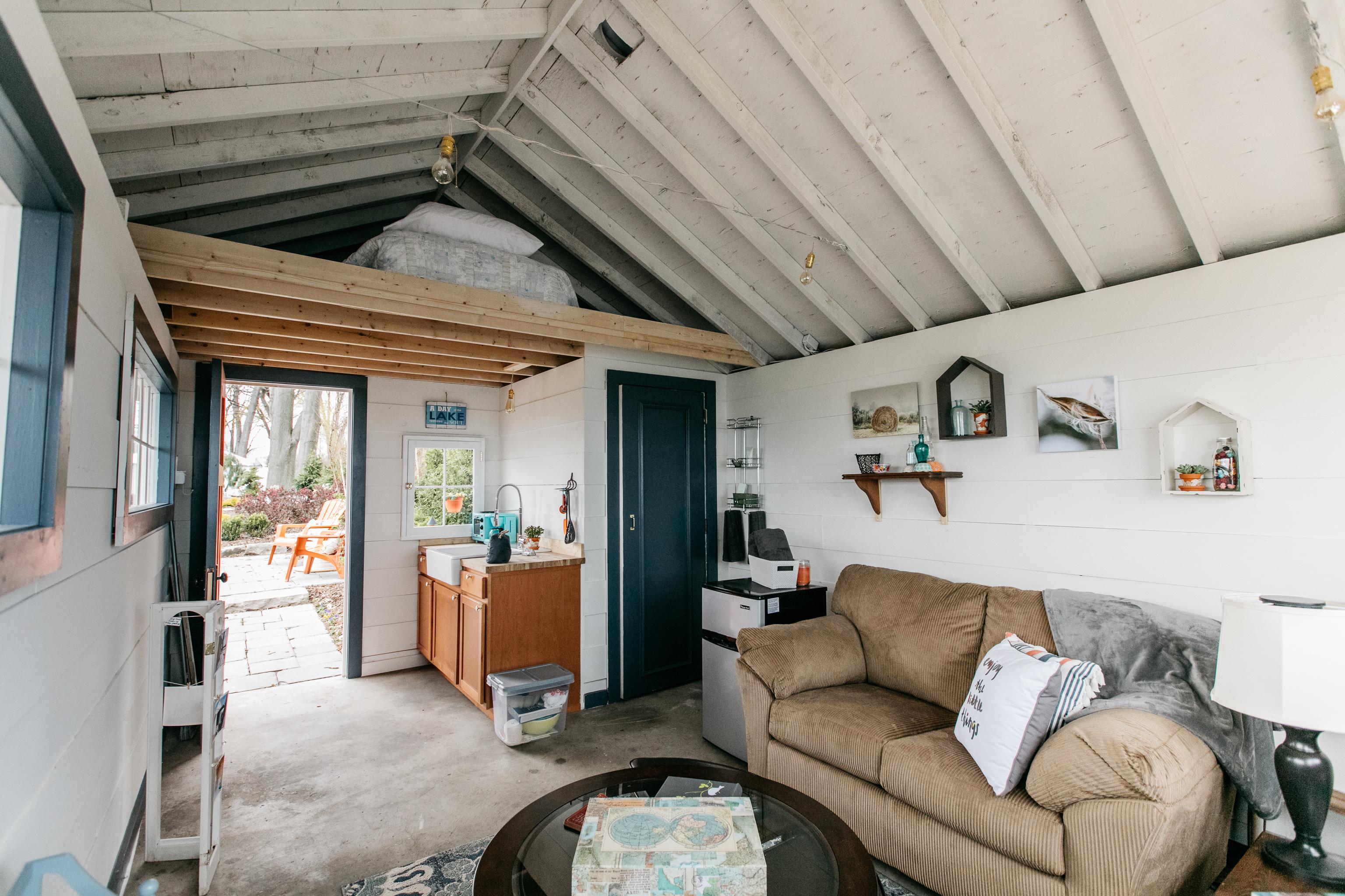 The Designersu0027 Show House Includes A Tiny House