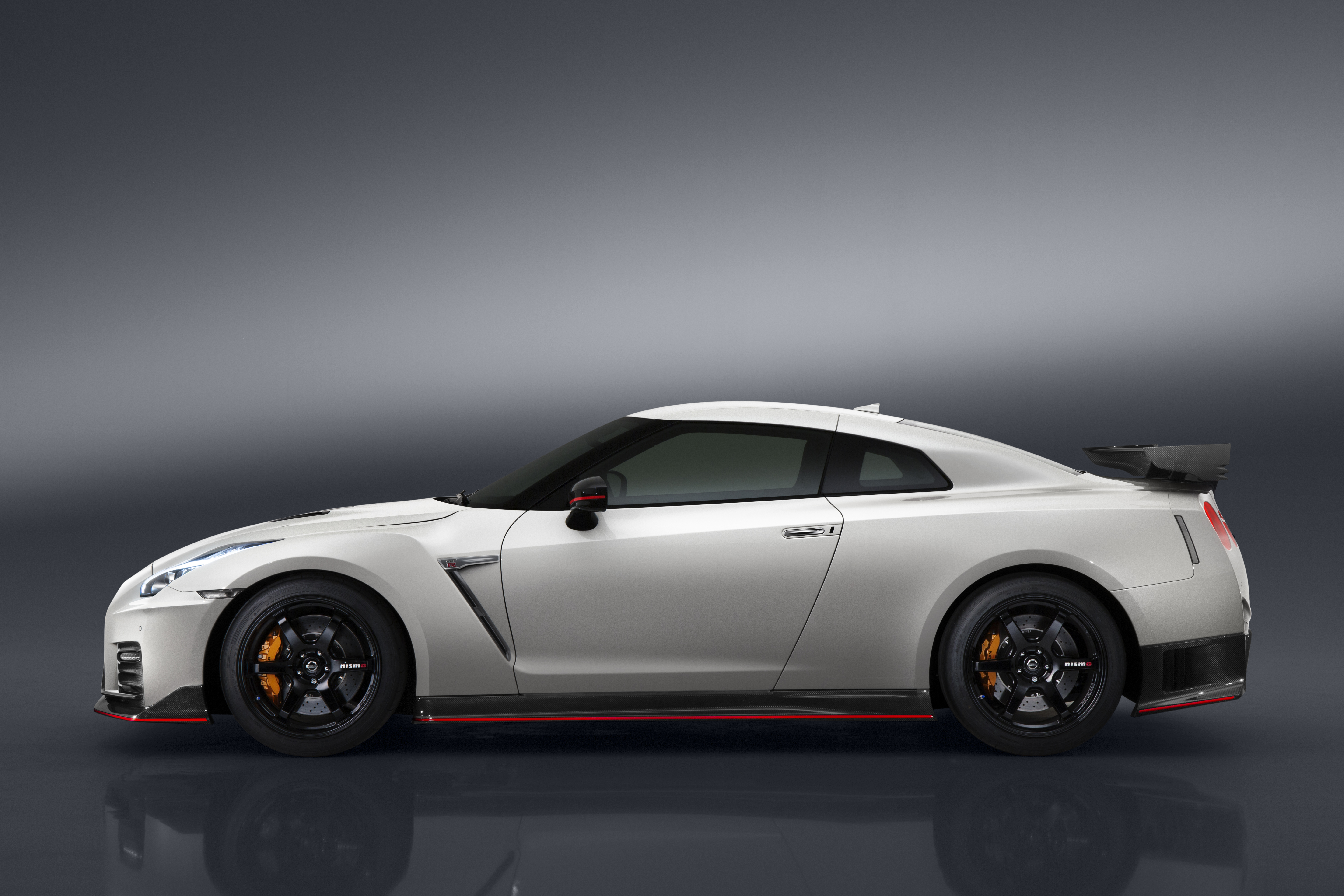 2017 nissan gtr nismo gallery - the verge