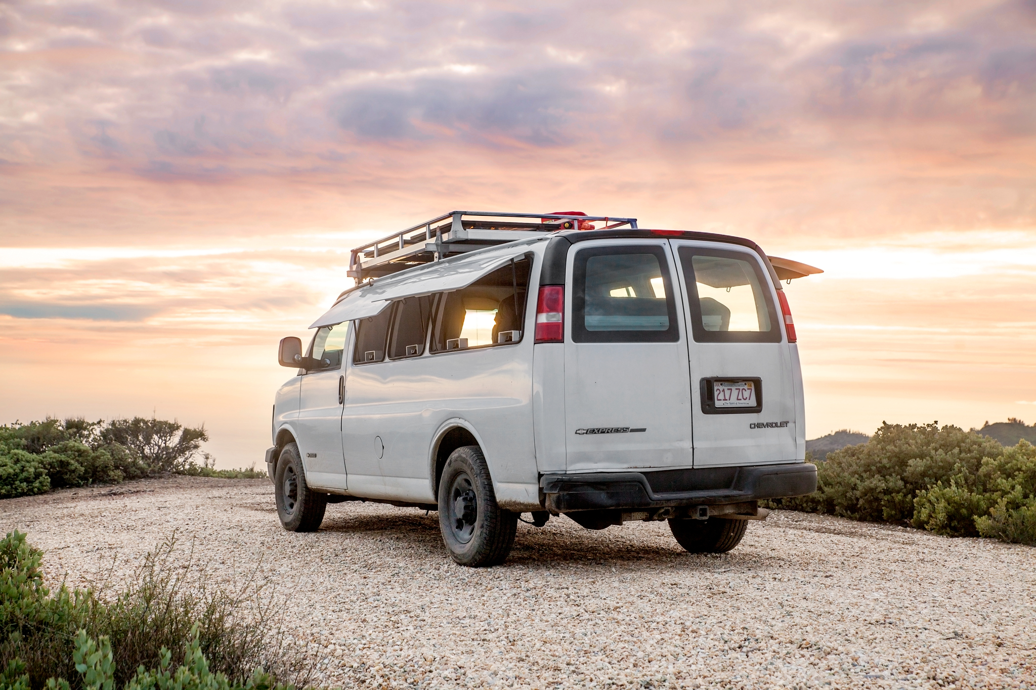 tour a chevy van turned into sleek tiny live work space curbed. Black Bedroom Furniture Sets. Home Design Ideas
